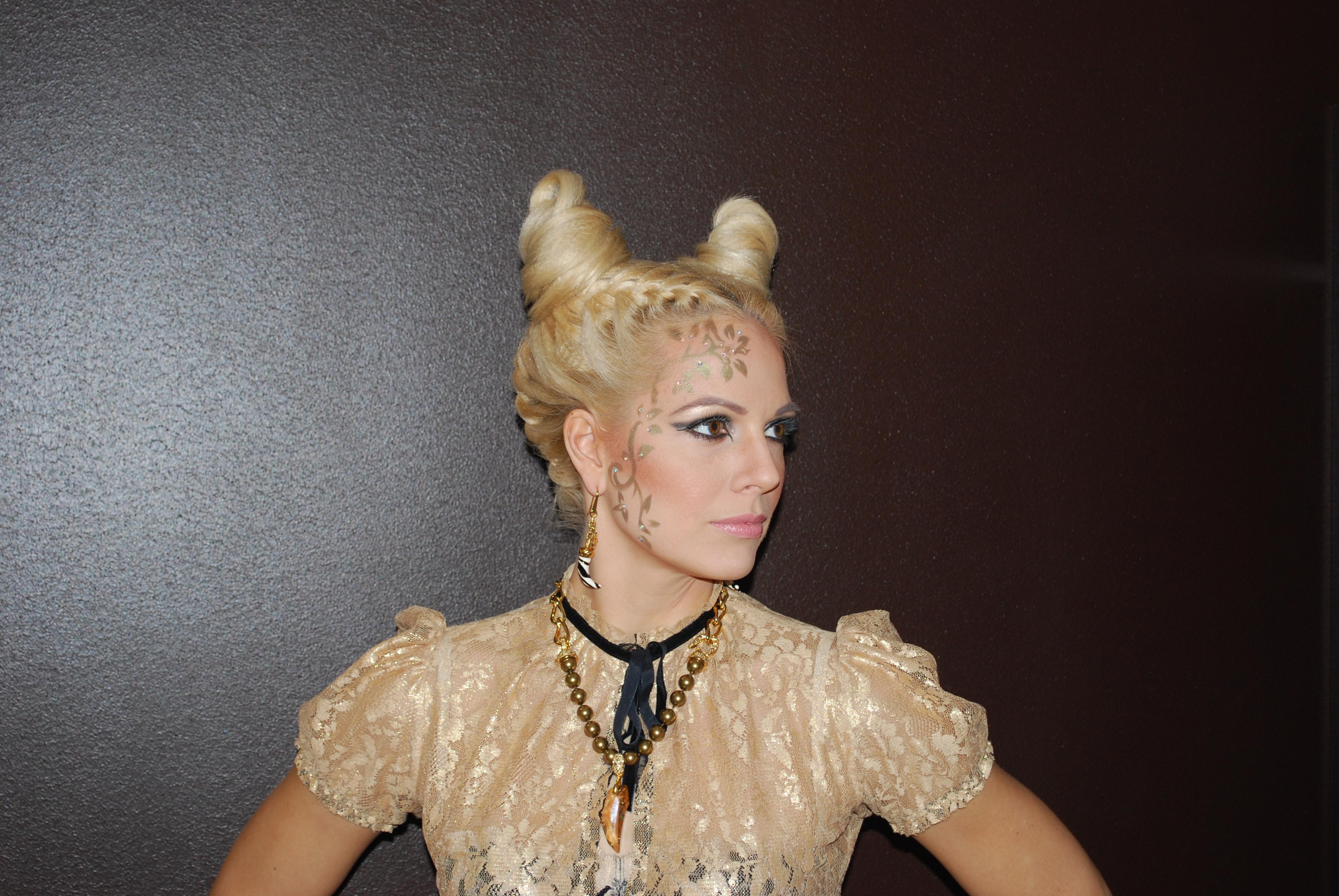 Halloween Hair Styles: 10 Halloween Hairstyles