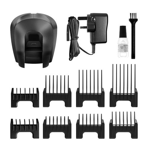 Accessories supplied with the Wahl Chrom2Style hair clipper