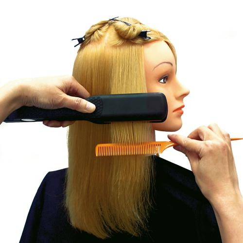 The Jessica training head is suitable for styling with heat